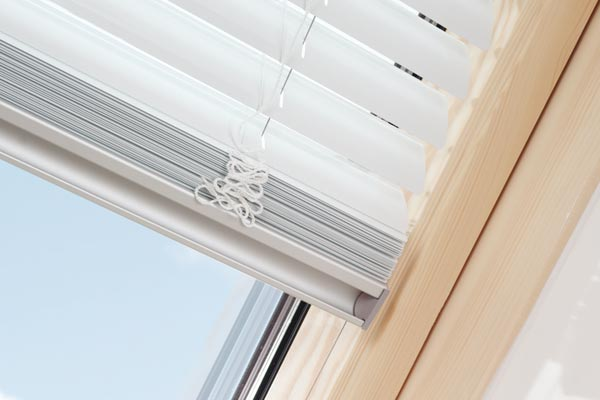 Roller blind installation guide 4